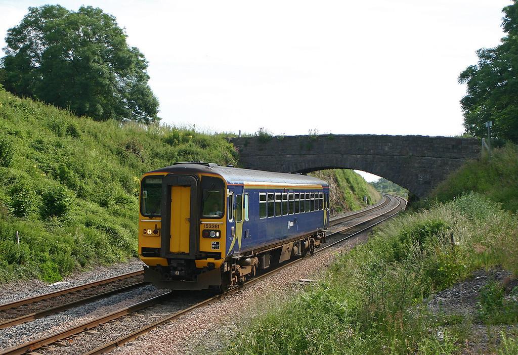 153361, Gloucester-Cardiff Central, Tidenham, Chepstow, 22-6-05.