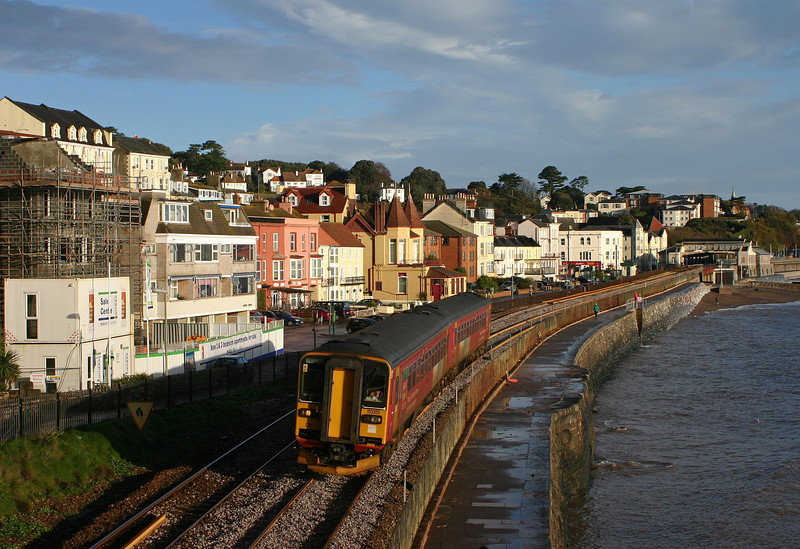 153355/153372, Exmouth-Paignton, Dawlish, 3-12-05.