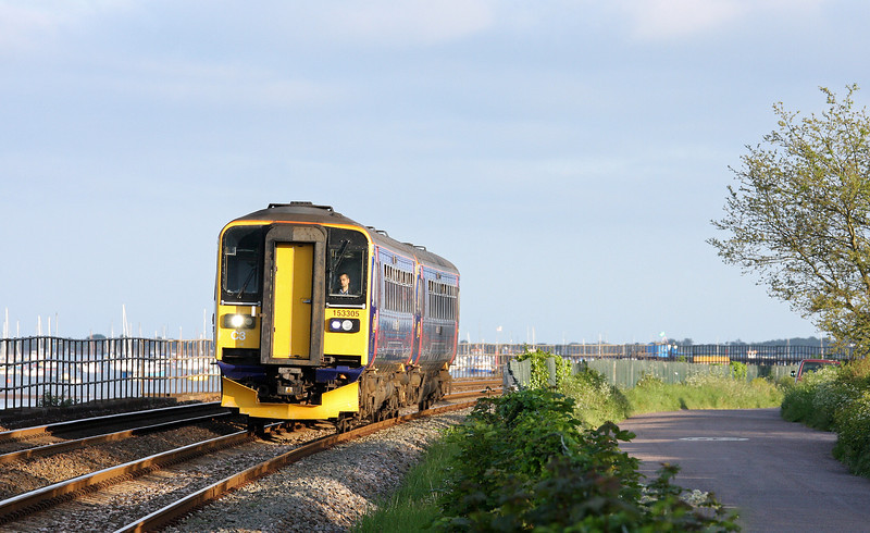 153305/153318, eastbound, Powderham, near Starcross, 28-5-12.