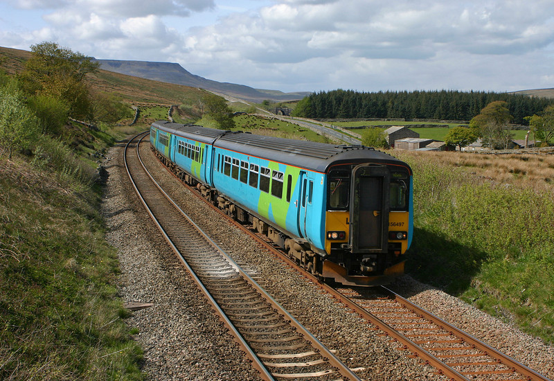 156497/156438, Carlisle-Leeds, Grisedale Crossing, near Garsdale, 17-5-05.