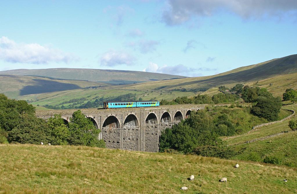 156, 08.58 Carlisle-Leeds, Denthead Viaduct, 15-9-04.
