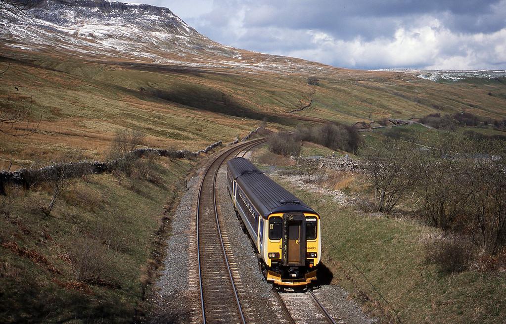 156483, 11.51 Carlisle-Leeds, Ais Gill, 14-4-99.