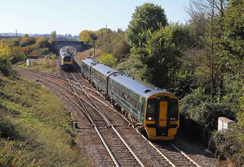 158954, 10.23 Portsmouth Harbour-Cardiff Central, Hawkeridge Junction, Westbury, 9-10-18. HST, diverted 10.35 London Paddington-Plymouth. Newbury blockade.