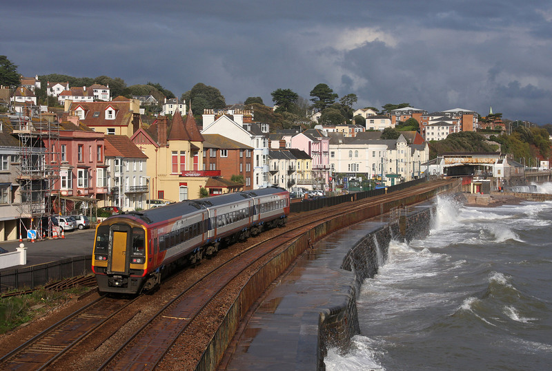 159014, 12.35 Paignton-London Waterloo, Dawlish, 11-11-09.