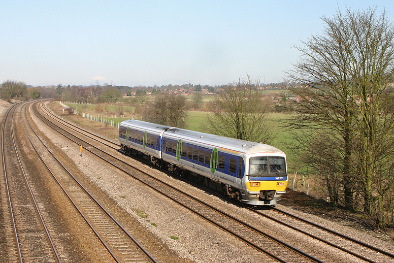 165127, eastbound, Lower Basildon, near Pangbourne, 25-2-04.