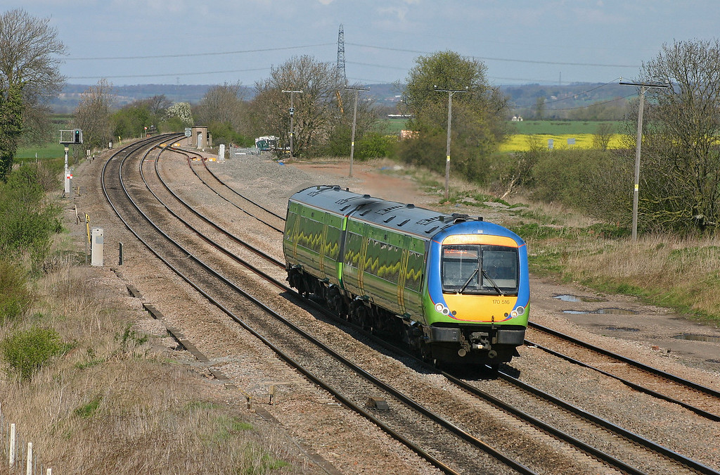 170516, Nottingham-Cardiff Central, Elord, near Tamworth, 13-4-04.