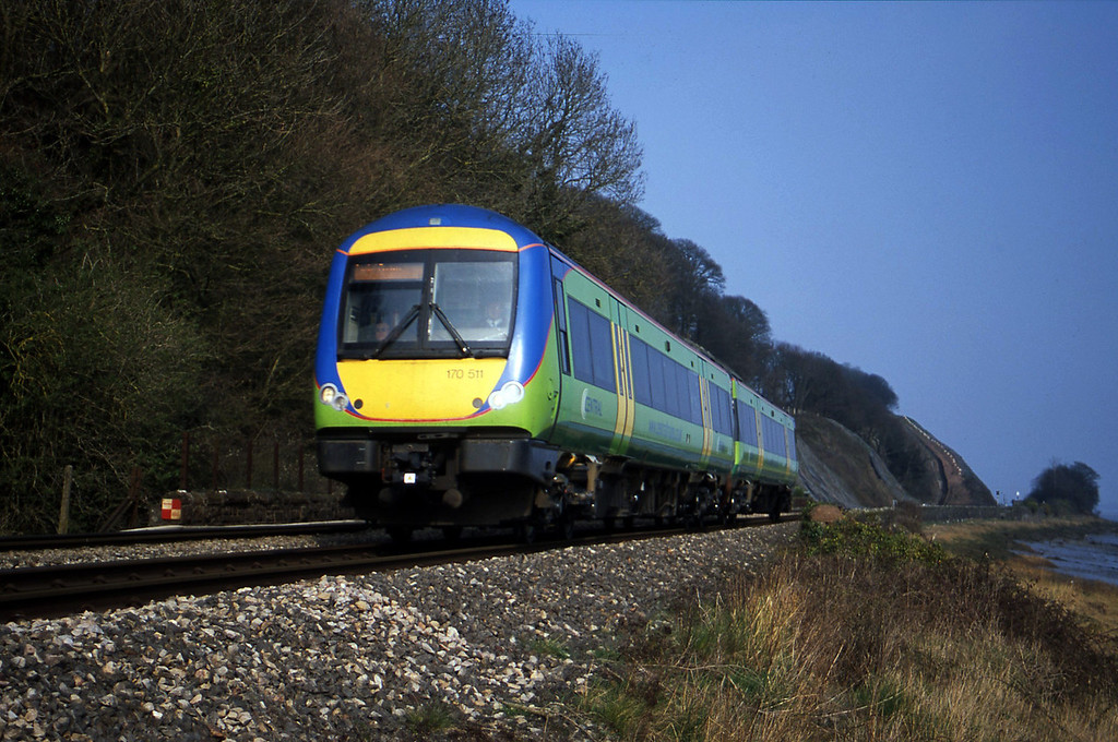 170611, Nottingham-Cardiff Central, Gatcombe, near Lydney, 25-3-03.