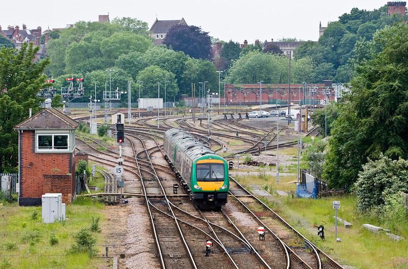 170501, 14.47 Shrewsbury-Birmingham New Street, Abbey Foregate Junction, Shrewsbury, 31-5-14.