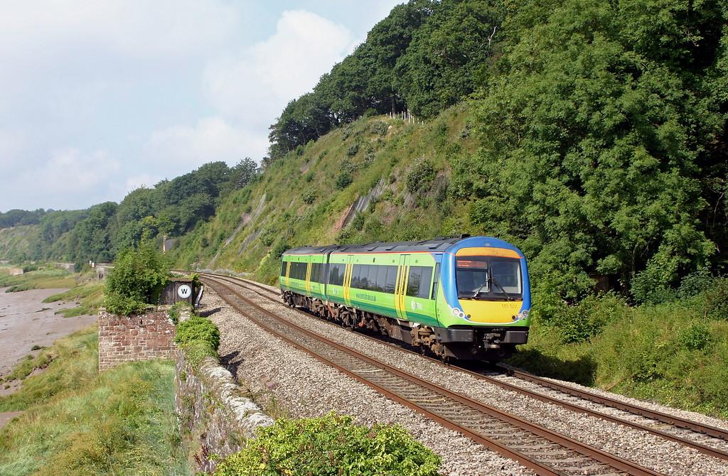 170522, 09.45 Cardiff Central-Nottingham, Gatcombe, near Lydney, 10-8-04.
