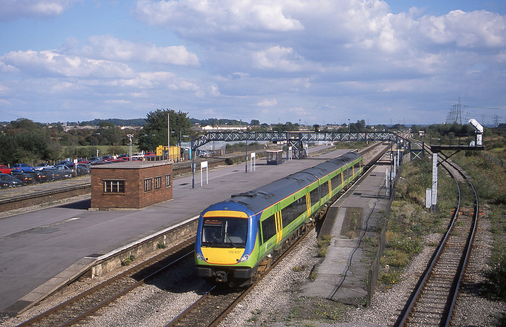 170637, Nottingham-Cardiff Central, Severn Tunnel Junction, 24-9-02.