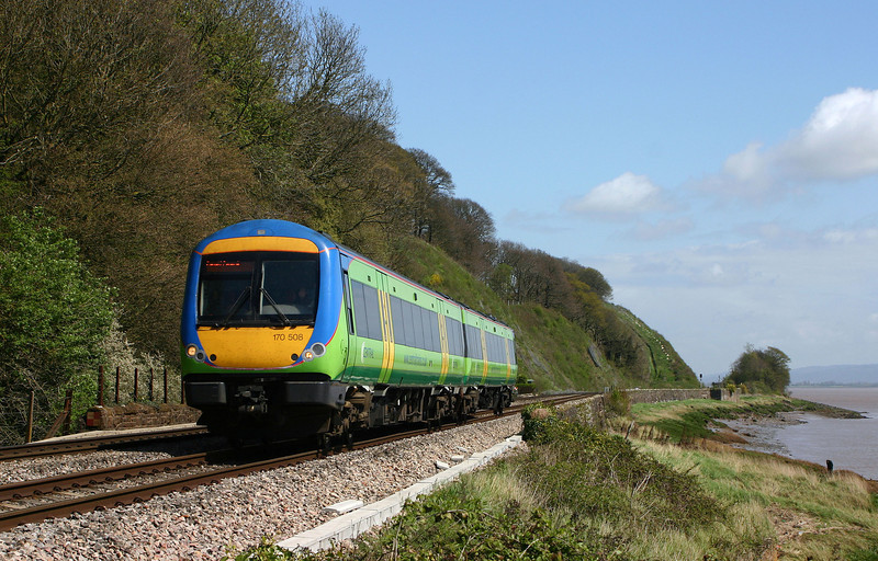 170508, Nottingham-Cardiff Central, Gatcombe, near Lydney, 22-4-04.