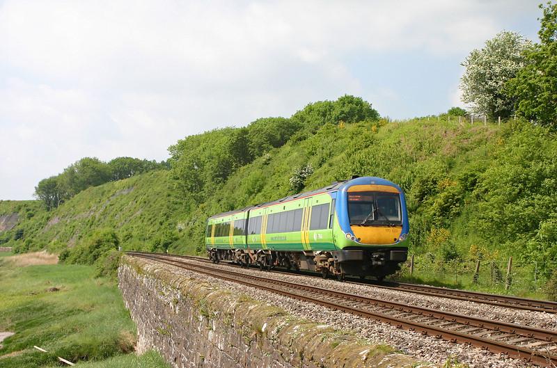 170522, 10.45 Cardiff Central-Nottingham, Gatcombe, near Lydney, 18-5-04.