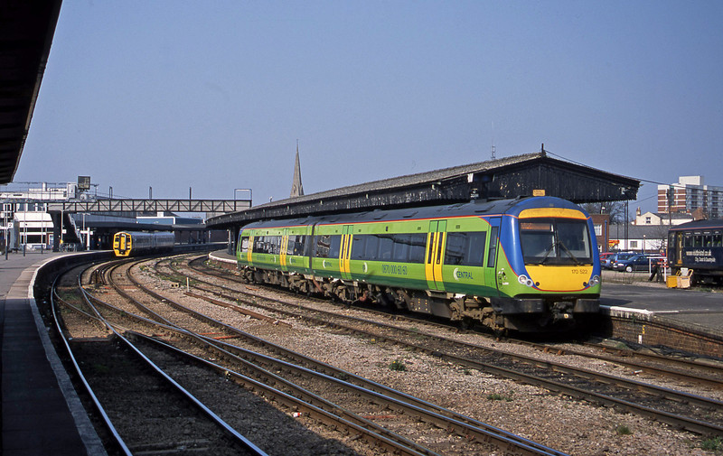 170502, Cardiff Central-Nottingham, 158824 Birmingham New Street-Milford Haven, Gloucester, 27-3-03.