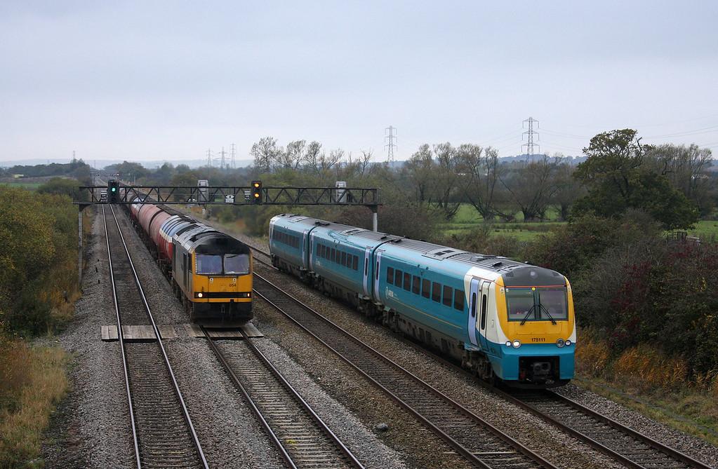 175111, eastbound,60054, 05.10 Robeston-Westerleigh, Coedkernow, near Newport, 27-10-09.