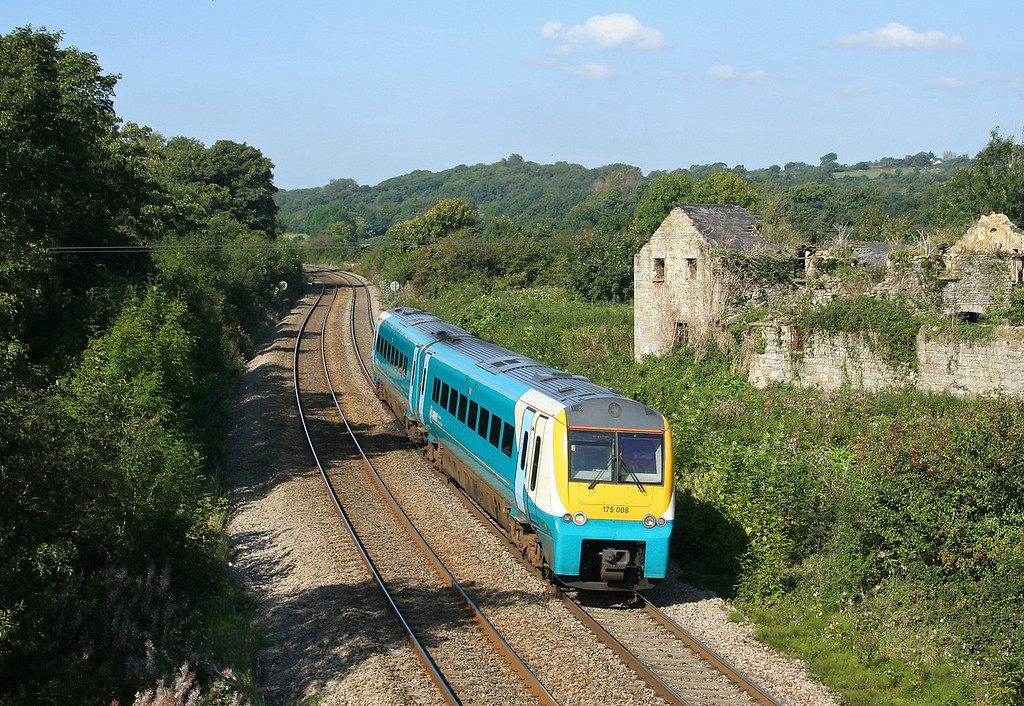 175008, eastbound, Llangewydd Court Farm, near Bridgend, 18-9-08.