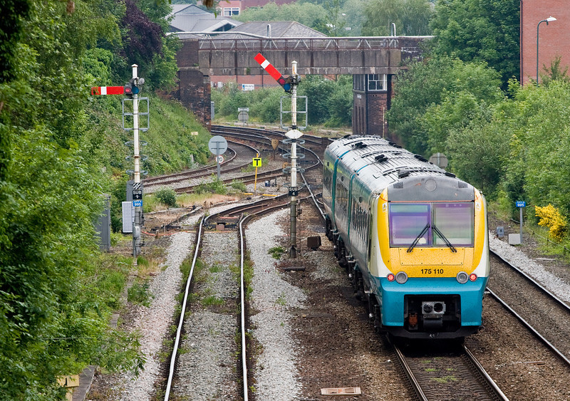 175110, 05.55 Milford Haven-Manchester Piccadilly, Sutton Bridge Junction, Shrewsbury, 31-5-14.
