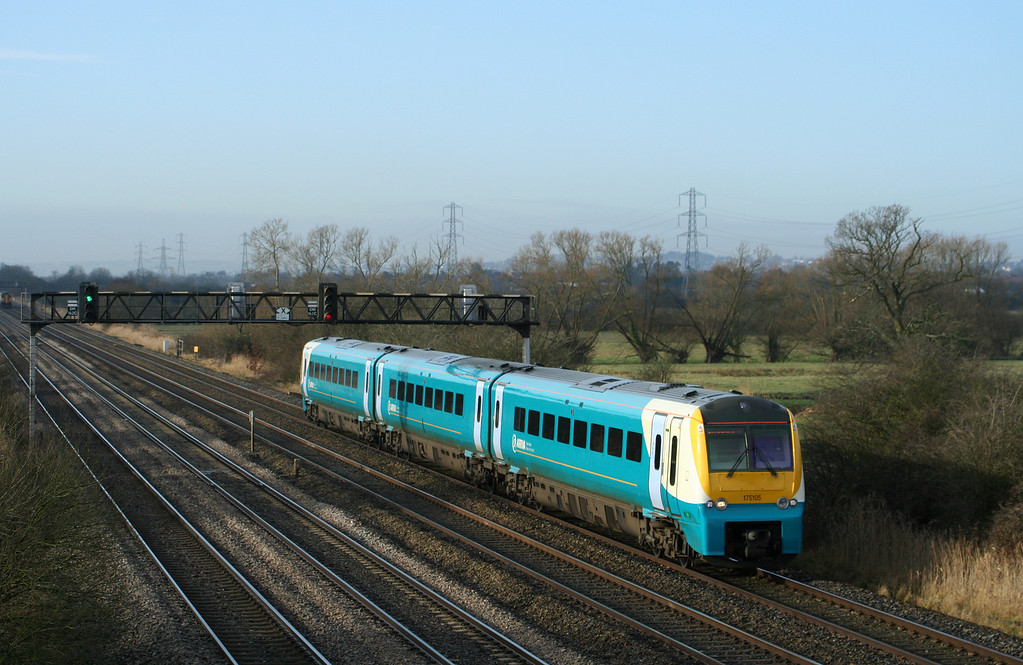 175105, northbound, Coedkernow, near Newport, 11-2-09.