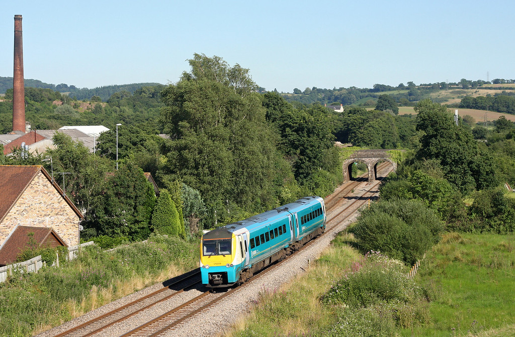 175009, northbound, Ponthir, near Newport, 24-7-12.