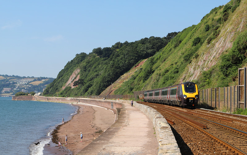 221138, 09.25 Plymouth-Aberdeen, Holcombe, Teignmouth, 6-7-18.