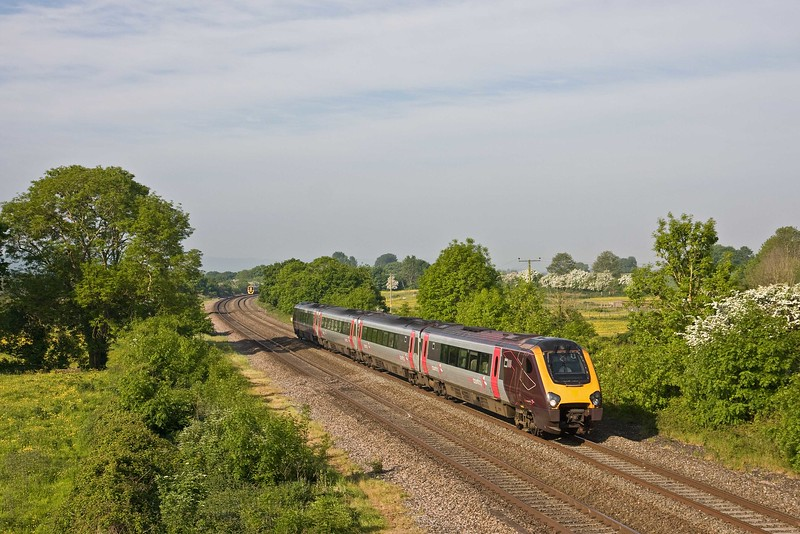 220, 07.01 Paignton-Manchester Piccadilly, Cogload, 21-5-18. 158961, 06.17 Gloucester-Taunton.