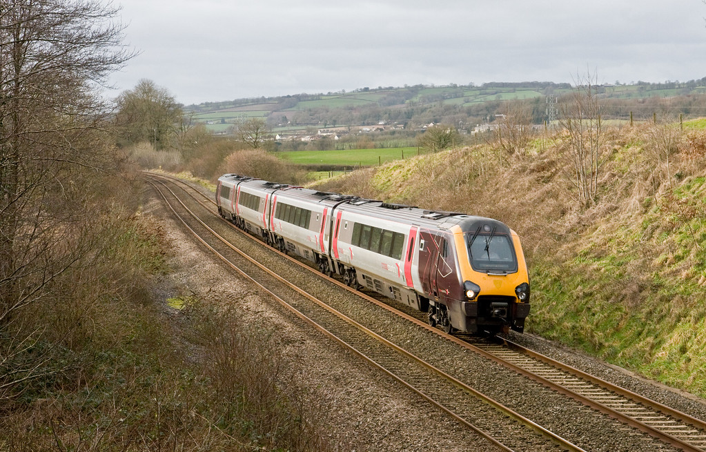 220025, 09.40 Penzance-Manchester Piccadilly, checked, Whiteball, 26-1-15.