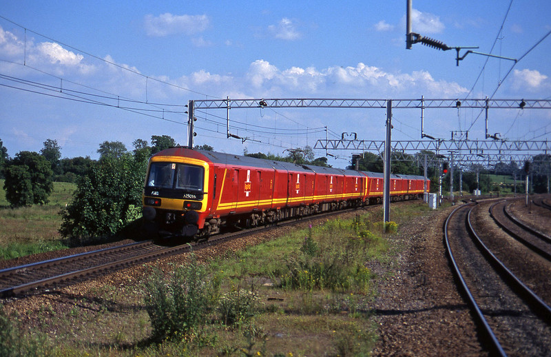 325014/325016, 16.39 Liverpool-London, Norton Bridge, near Stafford, 8-7-97.