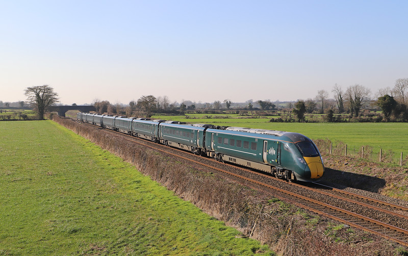 800314, 12.42 Taunton-London Paddington, Edington, near Westbury, 26-2-19.
