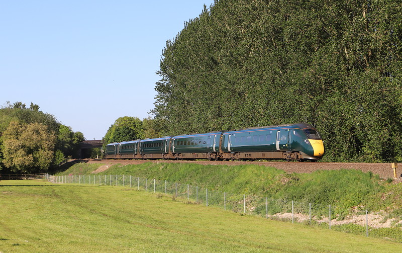 802019, 16.04 London Paddington-Penzance, Beambridge, near Wellington, 14-5-20. First image since March 23 coronavirus lockdown.