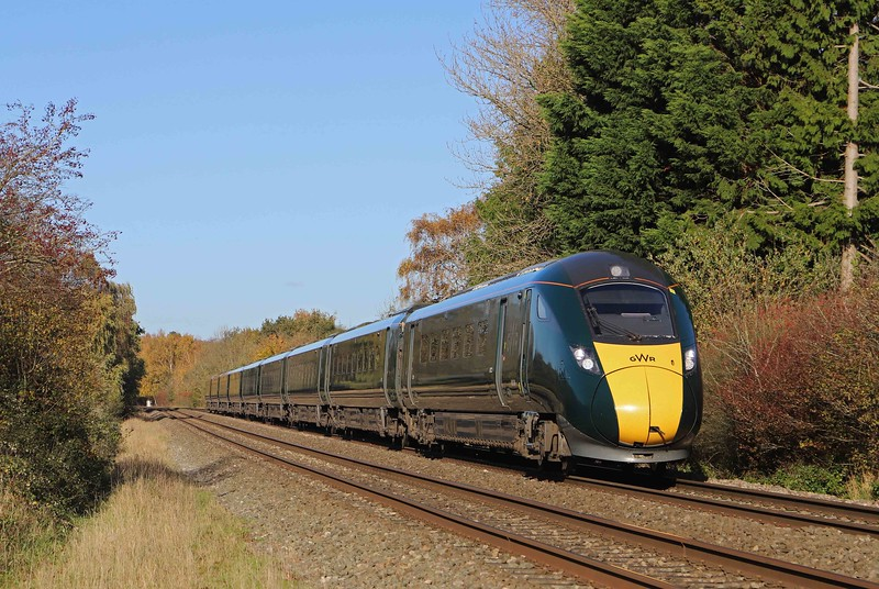 800308, diverted 11,18 London Paddington-Swansea,. Bullo Pill, near Newnham, 4-11-20. South Wales Main Line closed at Patchway, Bristol, for bridge replacement.