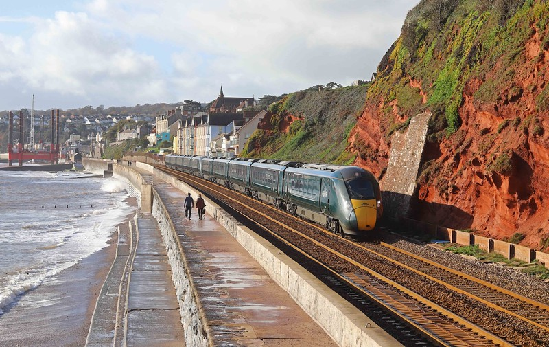 802002802021, 08.15 Penzance-London Paddington, Dawlish, 12-11-20.