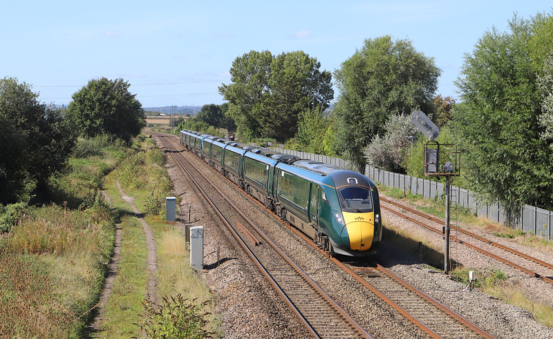 802008, 09.00 Penzance-London Paddington, Norton Fitzwarren, near Taunton, 13-9-19.