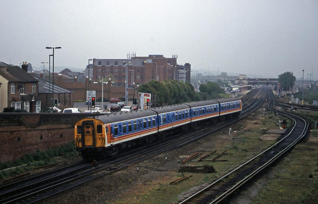 1539, up, Eastleigh, 12-5-98.