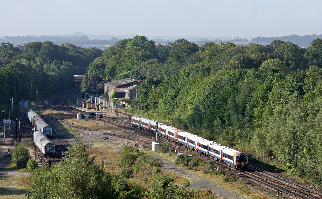 444/444016, southbound, Micheldever Station, 23-8-12.