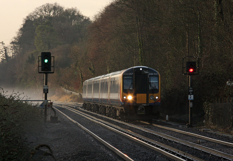 444037, 08.23 Southampton Central-London Waterloo, Shawford, near Winchester, 17-12-12.
