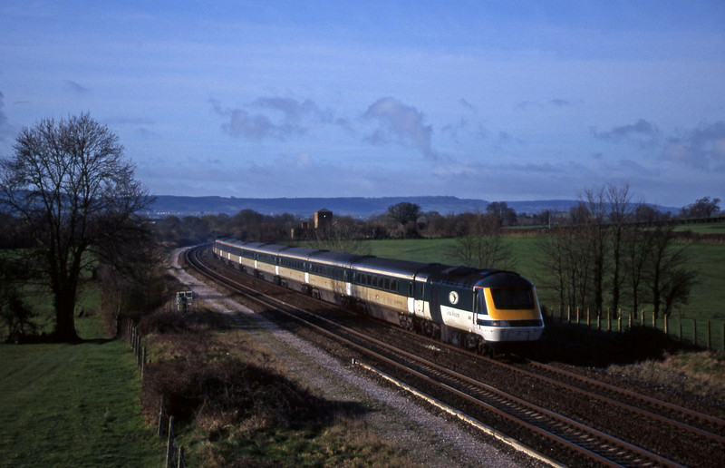 43010/43146, 09.29 Taunton-London Paddington, Cogload, 1-3-98.