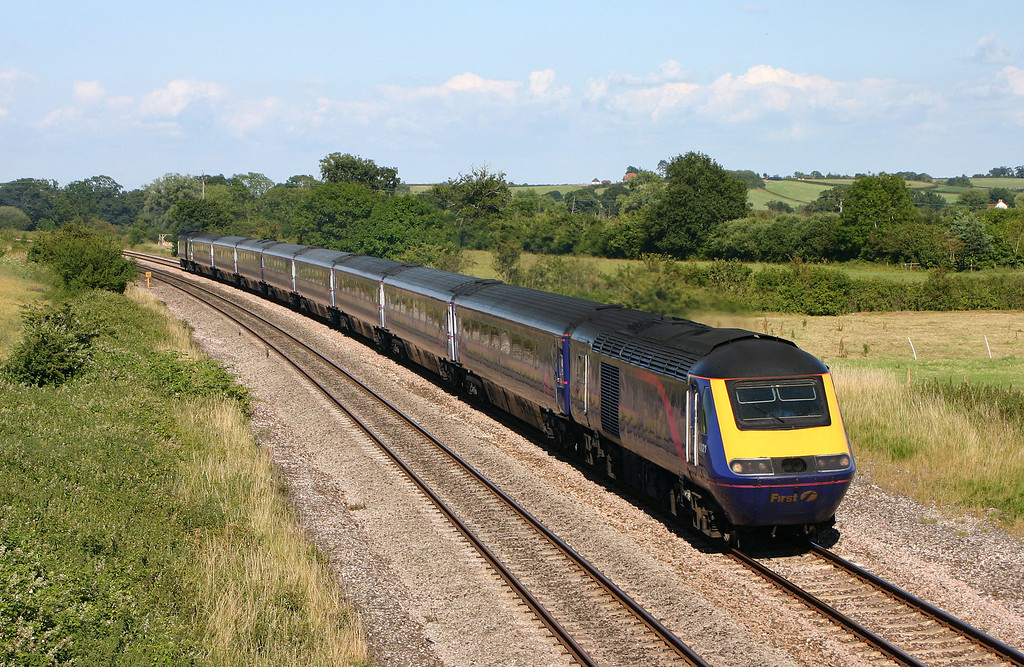 HST, westbound, Creech St Michael, near Taunton, 5-7-04.