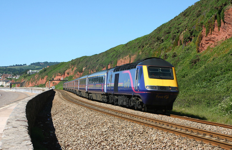43187/43170, 09.30 Plymouth-London Paddington, Dawlish, 15-6-04.