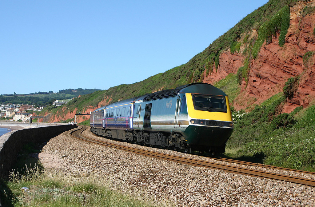 43174/43035, 06.34 Penzance-London Paddington, Dawlish, 15-6-04.