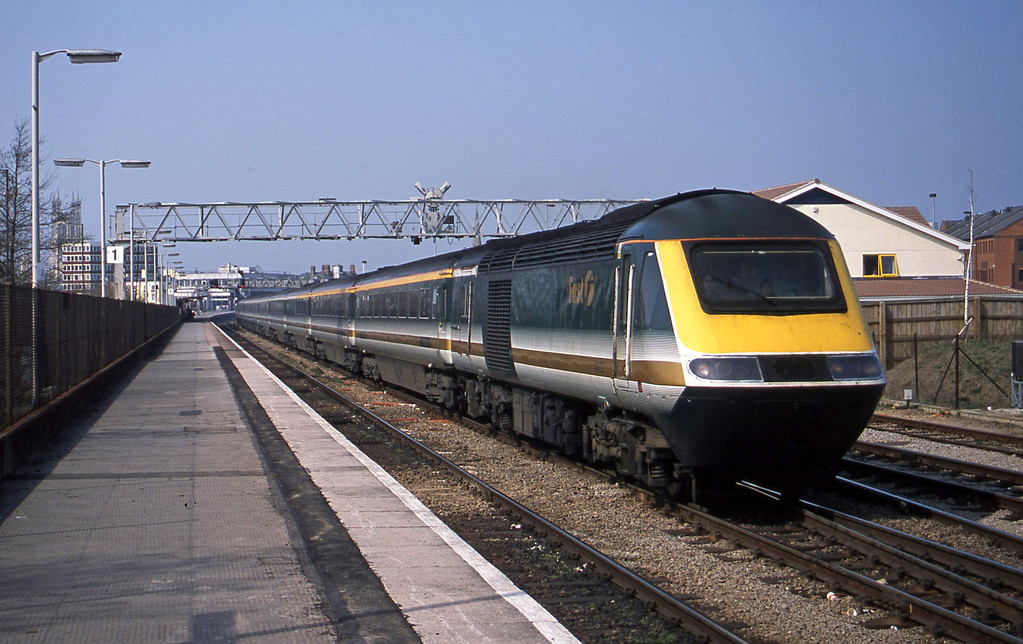 43172/43148, 10.03 London Paddington-Worcester, Gloucester, 27-3-03.