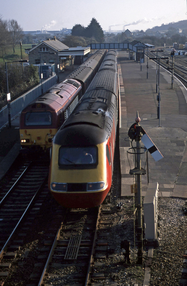 HST, northbound; 67001, 16.45 St Blazey-Penzance, Par, 18-3-03.