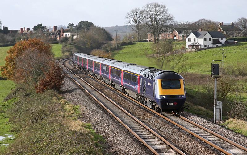 HST, 07.37 Penzance-London Paddington, Rewe, near Exeter, 26-11-09.
