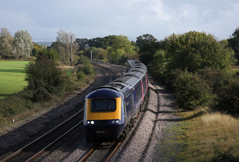 HST, westbound, Creech St Michael, near Taunton, 21-10-09.