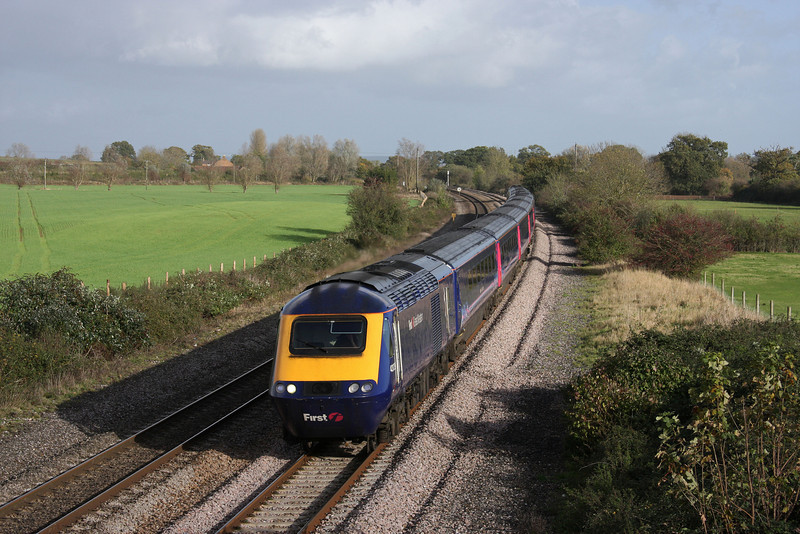 43023/43, 12.06 London Paddington-Penzance, Creech St Michael, near Taunton, 3-11-09.