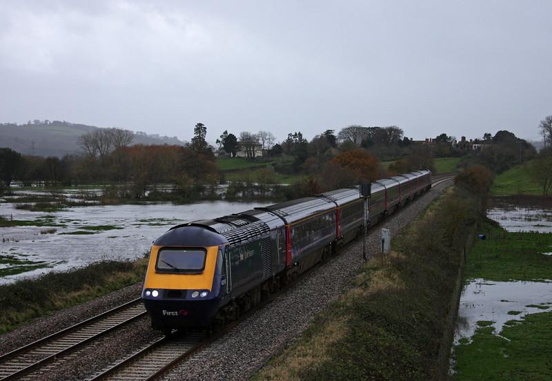 43063/43. 08,44 Penzance-London Paddington, Rewe, near Exeter, 24-11-09.