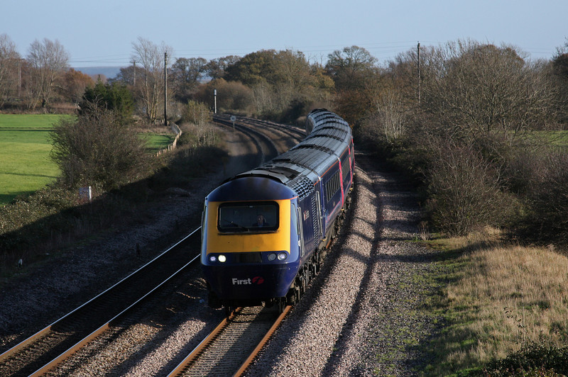 HST, 08.18 London Paddington-Exeter St David's, Creech St Michael, near Taunton,25-11-09.