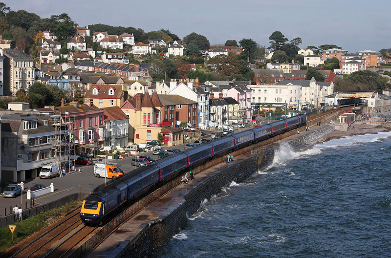 HST, 10.00 London Paddington-Paignton, Dawlish, 29-10-09.