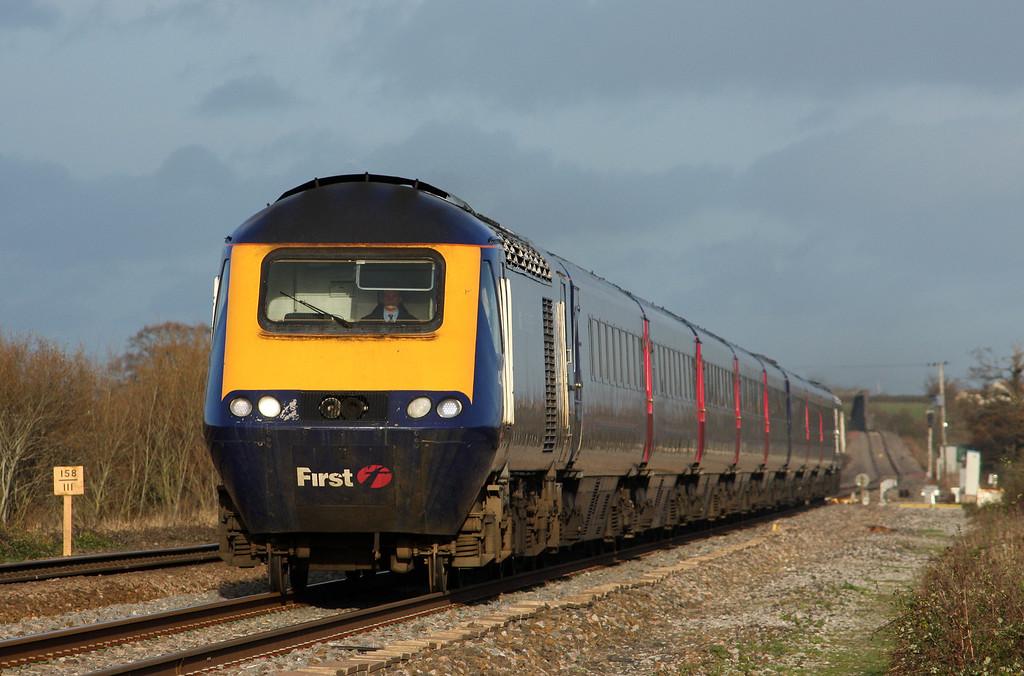 HST, 13.06 London Paddington-Exeter St David's, Cogload, 25-11-09.