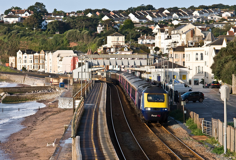 43158/43093, 07.40 Paignton-London Paddington, Dawlish, 13-9-17.