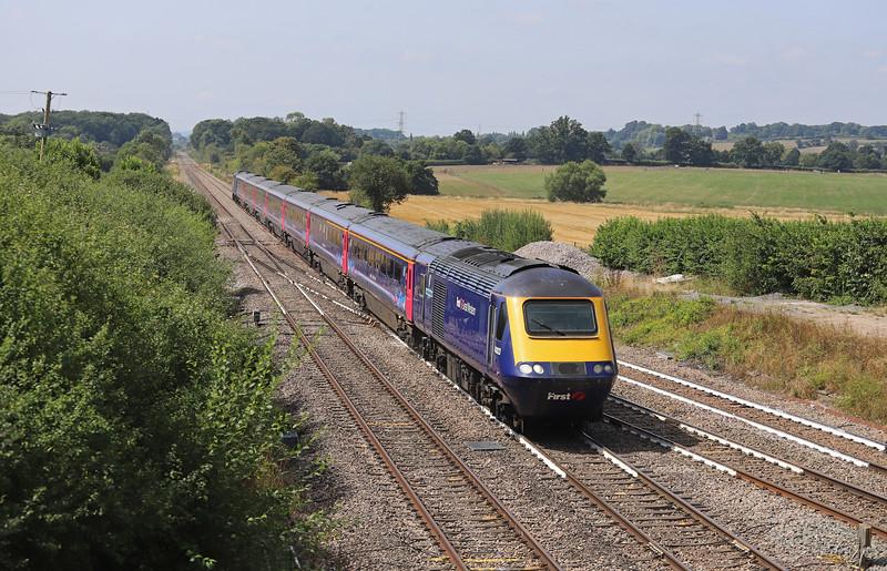 43023/43069, 09.00 Penzance-London Paddington, Fairwood Junction, Westbury, 6-8-18. 19 late.