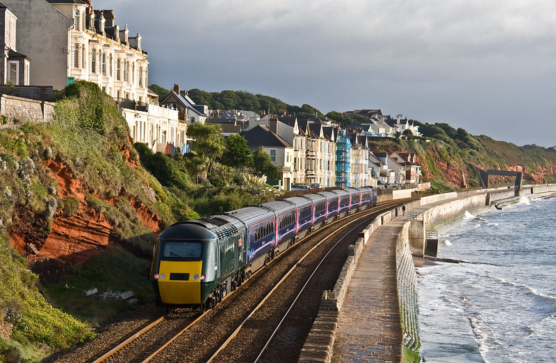 43158/43093, 07.40 Paignton-London Paddington, departing Dawlish, 13-9-17.